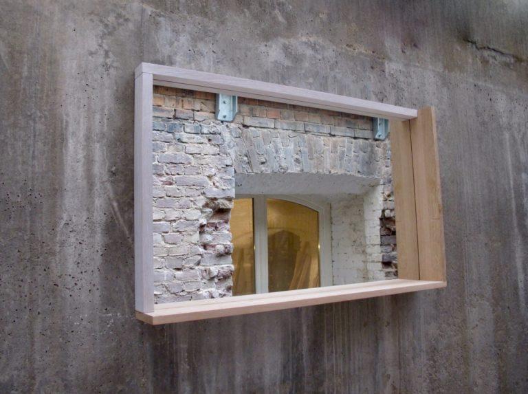 TB.S.3 – Spiegel mit Eiche Rahmen