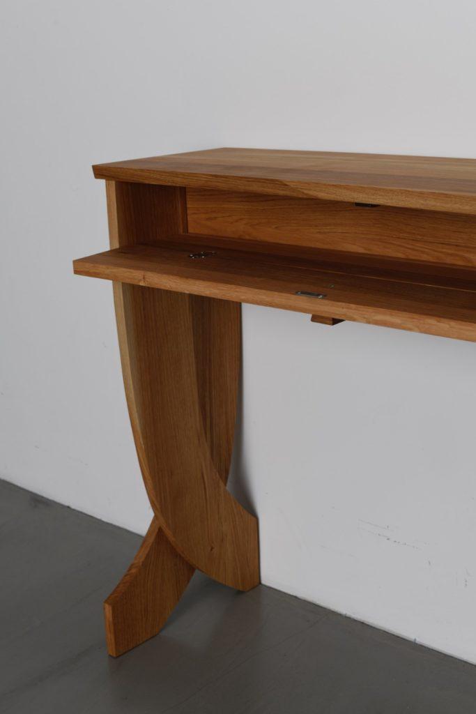 Dekorativer Tisch - Masgeschneidert