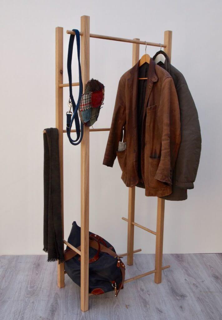 Garderobe, Kleiderstander